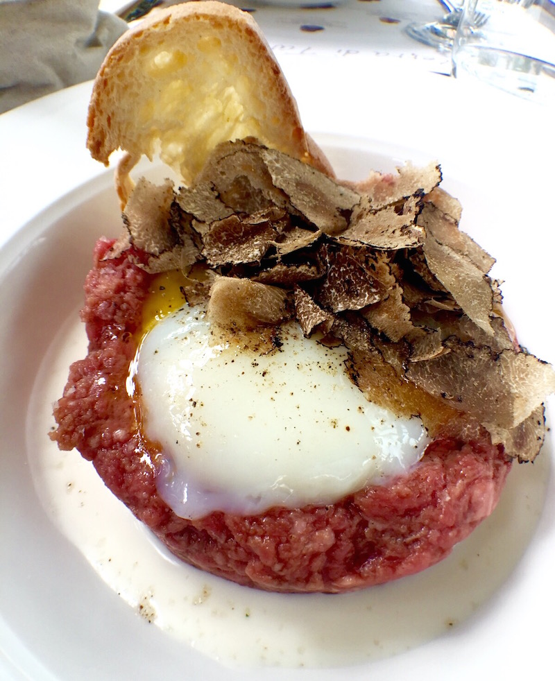 Beef tartare with soft egg and truffle